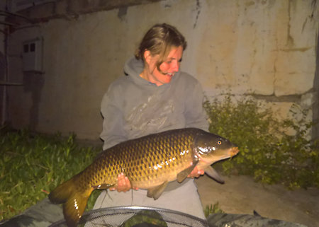 Carp fishing the River Ebro. Yanz31lb2017