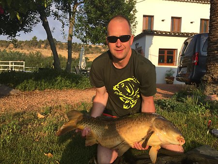 Carp fishing the River Ebro. 35lbdave's