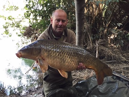 Carp fishing the River Ebro. Trevor29lb12oz